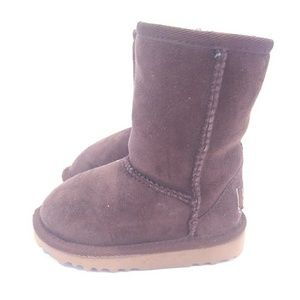Chocolate Toddler UGG Boots size 7 classic short